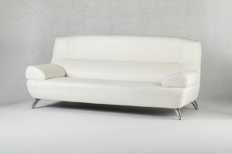 白色三人座沙發