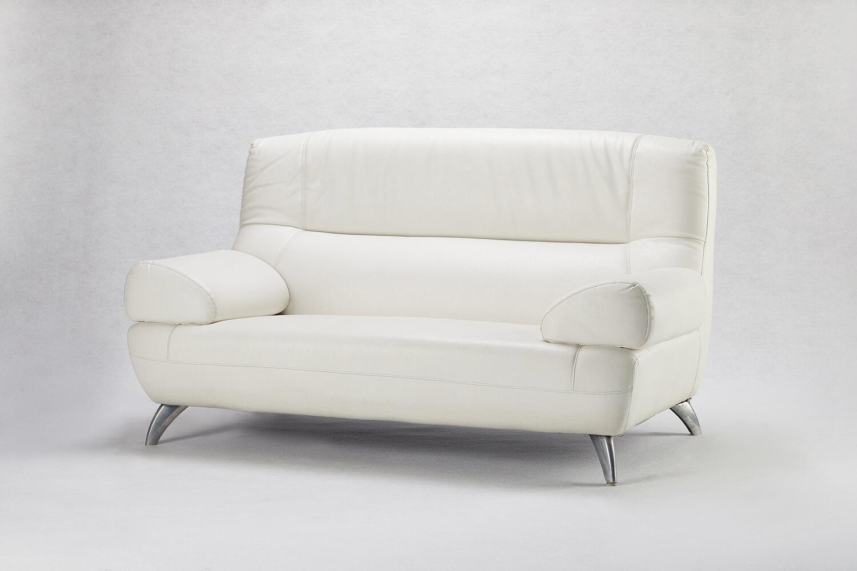 白色雙人沙發
